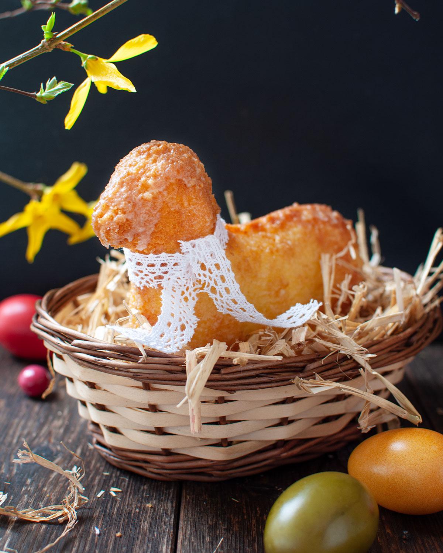 Saftiges Osterlamm mit Zitronengeschmack